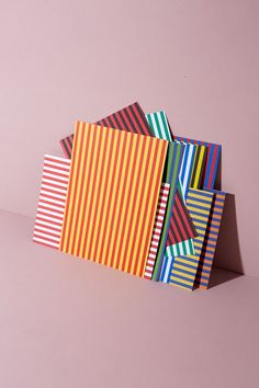 Bastelpapier Zirkusstreifen – 10 Bögen 10 Farben – WLKMNDYS DIY Shop Shops, Cool Patterns, Gingham, Symbols, Graphic Design, Labs, Illustration, How To Make, Fun