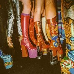 Dreamy Platform inspo  via @marcjacobs  #friday #outfit #inspo #friyay #goals #fashion #design #glam #boho #hippie #gypsy #style #retro #vintage #babe #love #photooftheday #amazing #smile #look #instalike #picoftheday #instadaily #girl #bohofestivals #bestoftheday #instacool #instago #colorful #style