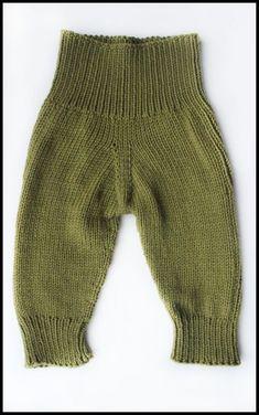Knit baby pants Wool longies Baby leggings Merino by MaceriLT Knitting Blogs, Knitting For Kids, Baby Knitting Patterns, Baby Patterns, Knitting Ideas, Knit Baby Pants, Baby Pants Pattern, Baby Leggings, Toddler Pants