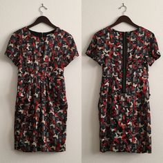 Collective Concepts Dress - POCKETS Abstract Print Abstract geometric print. Exposed back zip. Lined. Slant front pockets!!!! Looks great on its own or with a skinny belt. Excellent used condition. Collective Concepts Dresses