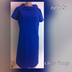 1960's  sky blue shift dress. Sky blue ribbed polyester( I think)  shift dress. Made by Robinits and tag size 14. Love the big rounded collar. Short sleeves and no rips tears or stains . bust 40, waist 39 , hips 40 and length 39 inches. Robinits Dresses