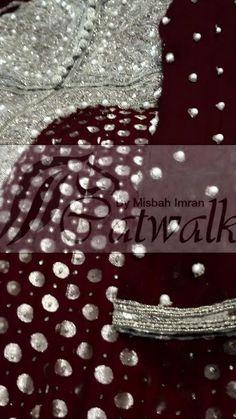Bridal Indian Suits, Indian Wear, Catwalk Collection, Nice Dresses, Formal Dresses, Chiffon Dresses, Cat Walk, Pakistani Dresses, Asian Fashion