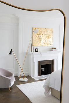 Art Finds a Home in London   http://curatedinterior.com/inspiration/art-finds-a-home-in-london/ #bedroomdesign