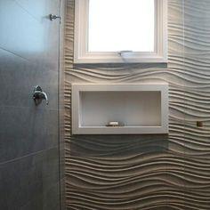 Banheiros podem ter uma decoração despojada e diferenciada, e não precisam ser…