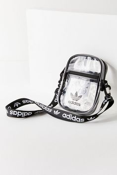 Shop adidas Originals Clear Festival Crossbody Bag at Urban Outfitters today. We carry all the latest styles, colors and brands for you to choose from right here. Cheap Handbags, Gucci Handbags, Louis Vuitton Handbags, Purses And Handbags, Luxury Handbags, Popular Handbags, Cheap Purses, Cheap Bags, Pink Purses