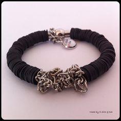 Armband gemaakt van fietsbanden en jasseron van EdithEnDat op Etsy, €17.50