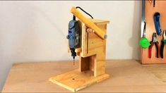 Making a Mini Drill Press - Router Table -Spindle Sander (All in One) Ço...