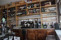 Tenemos toda una carta dedicada a vinos de #Soria. Acércate y descúbrelos en el monte Valonsadero. #restaurante