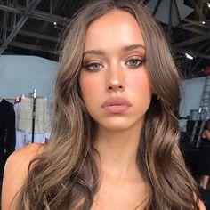 Makeup Makeup or Makeup Makeup Products Makeup Forever UK Makeup Means Makeup Looks Makeup Brands Balayage Brunette, Brunette Hair, Balayage Hair, Brown Blonde Hair, Dark Hair, Natural Makeup Looks, Makeup Forever, Hair Makeup, Uk Makeup