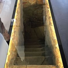 Glass floor over old basement outlet – Wine Venues House In The Woods, My House, Small Toilet Room, Old Basement, Crazy Houses, Hidden Spaces, Floor Murals, Farmhouse Renovation, Glass Floor