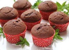 Briose cu ciocolata Jacque Pepin, Dessert Bars, Caramel, Cheesecake, Food And Drink, Healthy Recipes, Healthy Foods, Cupcakes, Sweets