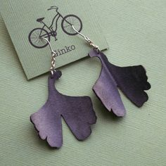 Super cute ginko leaf earrings, right? They're made from recycled bicycle inner-tube! It's easy to keep rubber from the landfill when it can dangle so delicately from your ears.