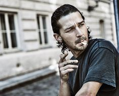 Shia LaBeouf Photo by Jiri Turek for Variety Shia Labeouf, Stranger Things, Aa Meetings, Thank You For Smoking, Variety Magazine, Live Wire, Steven Spielberg, Cultura Pop, American