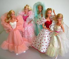 L-R Peaches n' Cream, Dream Glow (the stars glowed in the dark!), Magic Moves (her arms moved with the push of a button), Loving You, and Crystal Barbie. I didn't have the Barbie in teal. so much fun. Barbie 80s, Barbie World, Vintage Barbie, Barbie Dream, Vintage Toys 80s, Barbies Dolls, Retro Toys, Marie Osmond, My Childhood Memories
