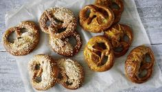 The technique for shaping pretzels is tricky, but once you've got the hang of it you'll return to this recipe time and again. There's enough dough for six sweet orange and poppy seed pretzels and six savoury salted pretzels. Baked Pretzels, Pretzels Recipe, Soft Pretzels, Great British Bake Off, Paul Hollywood Pretzels, Salted Pretzel, Gbbo, British Baking, Kitchens