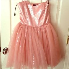NWT Betsey Johnson Dress NWT never worn before! In perfect condition! Bought and never worn, beautiful dress! Betsey Johnson Dresses Mini