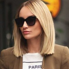 Nice Ideas for Short Straight Hairstyles for 2020 - Long Bob Hairstyles 2019 Short Straight Haircut, Bob Haircut Curly, Haircuts Straight Hair, Bob Hairstyles For Thick, Long Bob Haircuts, Short Hair Cuts, Short Hair Styles, Straight Bob, Midi Haircut