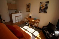 http://www.french-experience.com.au/france-paris-victoires-1-bedroom/44
