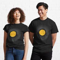 #sun #largeststar #sunrays #hot #weather #earth #thesolarsystem #ozonelayer #yellowandgold #geometric #minimalist #aesthetic #simplistic #pattern #naturelovers #theenvironment #tiktok #visco #giftsandholidays #boho #retro #chic Ozone Layer, Retro Chic, Vignettes, Chiffon Tops, Classic T Shirts, Minimalist, Weather, Earth, Artists