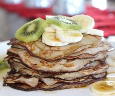 Try these amazing paleo banana pancakes. They are gluten, grain, dairy & sugar free, they will please the whole family Sugar Free Pancakes, Banana Pancakes, Paleo Pancakes, Clean Eating Recipes, Raw Food Recipes, Cooking Recipes, Banana Recipes, Paleo Food, Healthy Recipes
