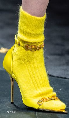 Most up-to-date Snap Shots versace Ready To Wear Popular A great deal of job-hunting suggestions emphasizes the need to outfit regarding success. Manolo Blahnik, Sock Shoes, Shoe Boots, Runway Shoes, Mode Blog, Socks And Heels, Yellow Fashion, Pretty Shoes, Mellow Yellow