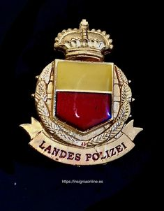 lichtenstein landespolizei police badge Funny Dancing Gif, Police Badges, Dance Humor, World, Shoulder Pads, Military Uniforms, Badges