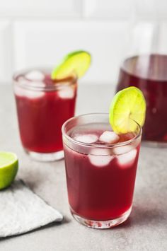 Ginger hibiscus switchel: a fermented detox drink — cream + honey Cranberry Detox, Cranberry Juice Cocktail, Detox Drinks, Healthy Drinks, Healthy Detox, Detox Smoothies, Juice Drinks, Healthy Food, Juice