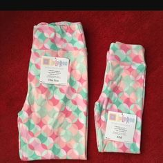 be868ea704b436 Mommy and me Lularoe leggings OS/SM NWOT. Only tried on. Beautiful but