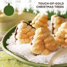 Taste of Home's Cookie Countdown: Touch-of-Gold Christmas Trees! Linda Sweet of Cornwall, New York shares this recipe for these pretty gold-dusted Christmas trees with a delicious Nutella filling.