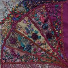 I ❤ crazy quilting . Laurel's completed block- Absolutely gorgeous block and the embellishments are wonderful. Crazy Quilt Stitches, Crazy Quilt Blocks, Patch Quilt, Crazy Quilting, Crazy Quilt Tutorials, Sewing Tutorials, Wool Quilts, Deco Boheme, Crazy Patchwork
