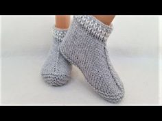 How to knit botosi - the easiest model / Tutorial step by step Crochet Boots Pattern, Knit Slippers Free Pattern, Knitted Slippers, Slipper Socks, Knit Crochet, Easy Model, Knit Shoes, Knitting Socks, Arm Warmers