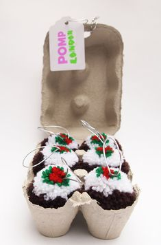 PUDDING POM Six Christmas Pudding Pompom Tree by POMPLondon