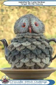 knitting  tea cozy grey owl