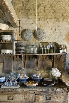 Attractive Rustic Farmhouse Style Kitchen IDeas Will Inspire You French Country Kitchens, Farmhouse Style Kitchen, French Country House, Rustic Kitchen, Kitchen Decor, Rustic Farmhouse, French Kitchen, French Farmhouse, Stone Kitchen