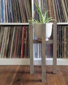 A simple plant stand