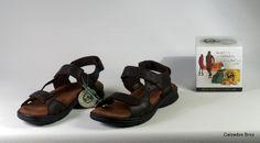 Colección Panama Jack. Sandalia de piel con velcros - Marrón. (home).