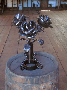 An Iron Rose was the first thing I made in 2nd year sculpting classes. Only mine had thorns on the inside of the bloom.