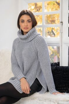 Turtleneck Outfit, Sweater Outfits, Thick Sweaters, Girls Sweaters, Couture, Jumper, Feminine, Turtle Neck, Boutique