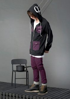 Zip hood with 4 pockets and hood print Street Wear, Pockets, Jewellery, Zip, Logo, Hats, How To Wear, Clothes, Outfits