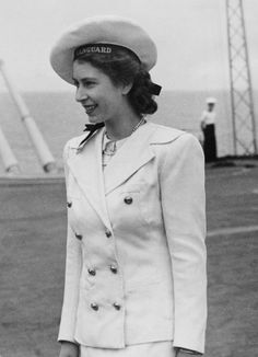 1947 Queen Elisabeth II on board HMS//