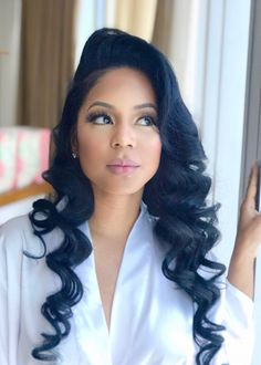 Black bridal wedding day hairstyles for relaxed or natural hair loose curls hairstyles for black women Hairstyle for black women wedding Hairstyles Bangs, Loose Curls Hairstyles, Bride Hairstyles, Funky Hairstyles, Formal Hairstyles, Black Wedding Hairstyles, Black Women Hairstyles, Black Hairstyle, Hairstyle Wedding