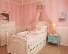 Traditional Kids Girls' Rooms Design, Pictures, Remodel, Decor and Ideas - page 15