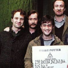 Behind the scenes #HarryPotter #Hogwarts #jkrowling #gryffondor #siriusblack #remuslupin #jamespotter #thedeadlyhallows Hallows #behindthescene