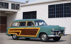 1952 Ford Squire Wagon