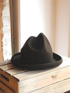 ファイル 362-1.jpg  Research | Mountain Hat
