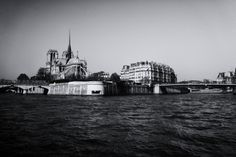 Blick auf Notre-Dame de Paris aus Richtung Pont de Sully
