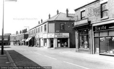 Photo of Widnes, Widnes Road from Francis Frith Glasgow, Street View, Architecture, Time Travel, Birth, Rest, History, Historia, Births