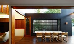 Browne Street House, New Farm Australia by Shaun Lockyer Architects. Built in Seating Built In Seating, Commercial, Street House, Garage House, Architect Design, Dining Room Design, Sustainable Living, Outdoor Living, Outdoor Spaces
