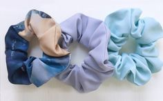 Zero Waste Scrunchies and Ways to Wear Them – Alicia Lagendijk – Zero Waste Scru… Zero Waste Scrunchies and Ways to Wear Them – Alicia Lagendijk – Zero Waste Scrunchies and Ways to Wear Them Lisa N. Hoang Blue Your Mind Scrunchies Cute Outfits With Leggings, Cute Leggings, Legging Outfits, Messy Ponytail Hairstyles, Quick Hairstyles, Lisa, Scrunchies, High Ponytails, Eco Friendly Fashion