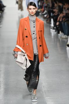 http://www.vogue.com/fashion-shows/fall-2017-ready-to-wear/eudon-choi/slideshow/collection